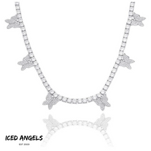 Laden Sie das Bild in den Galerie-Viewer, ICED ANGELS - BUTTERFLY KETTE