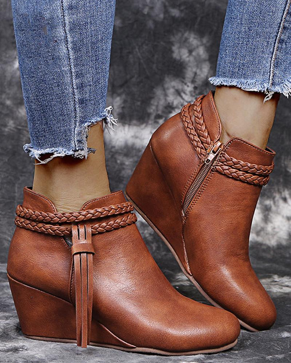 Solid Bandage Pointed-toe Ankle Boots
