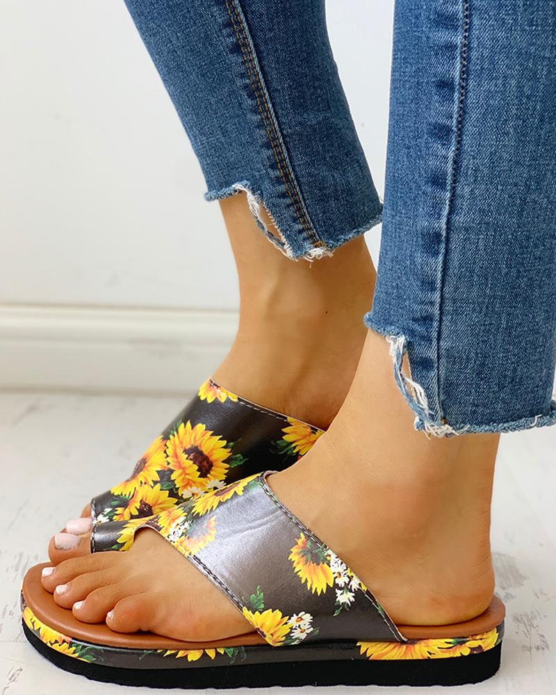 Toe Ring Cut Out Design Casual Sandals