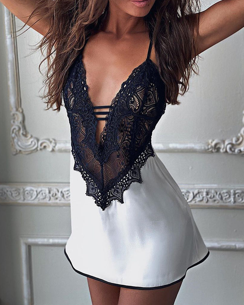 Contrast Lace Sheer Mesh Cami Nightgown & Panty Set