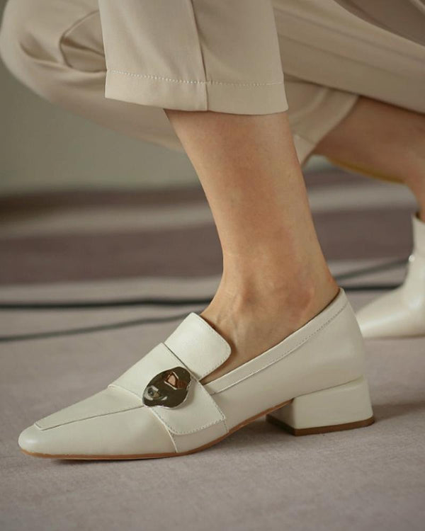 Pointed-toe One Buckle Leather Loafer
