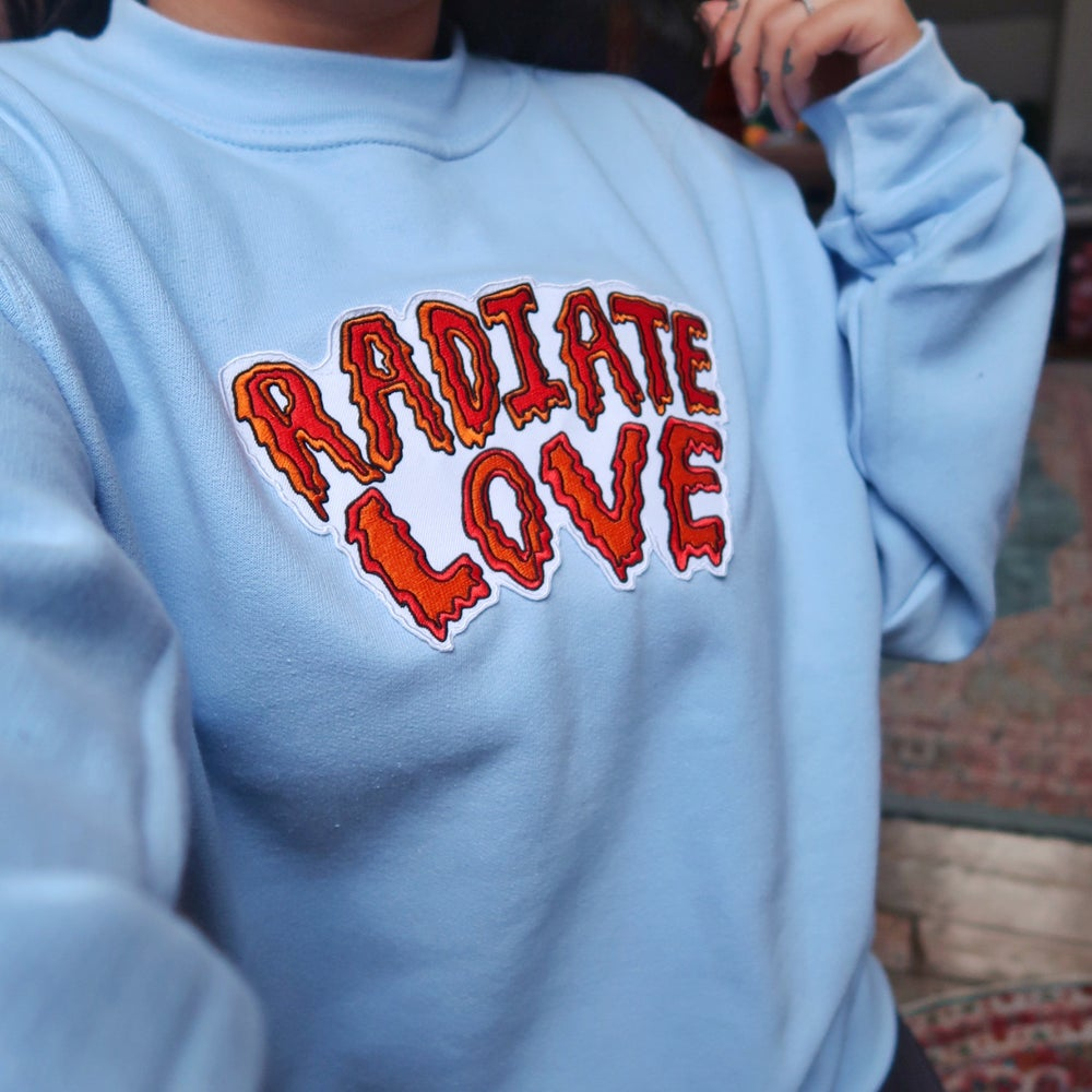 radiate love embroidered sweatshirt - baby blue