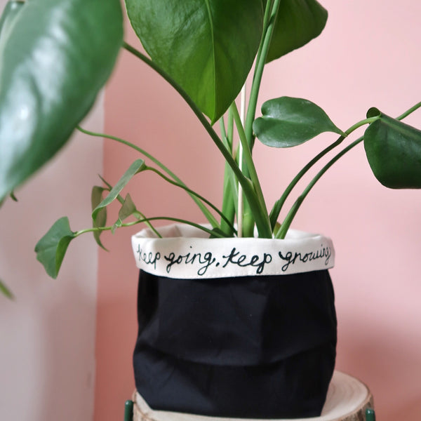 plant pot covers - black
