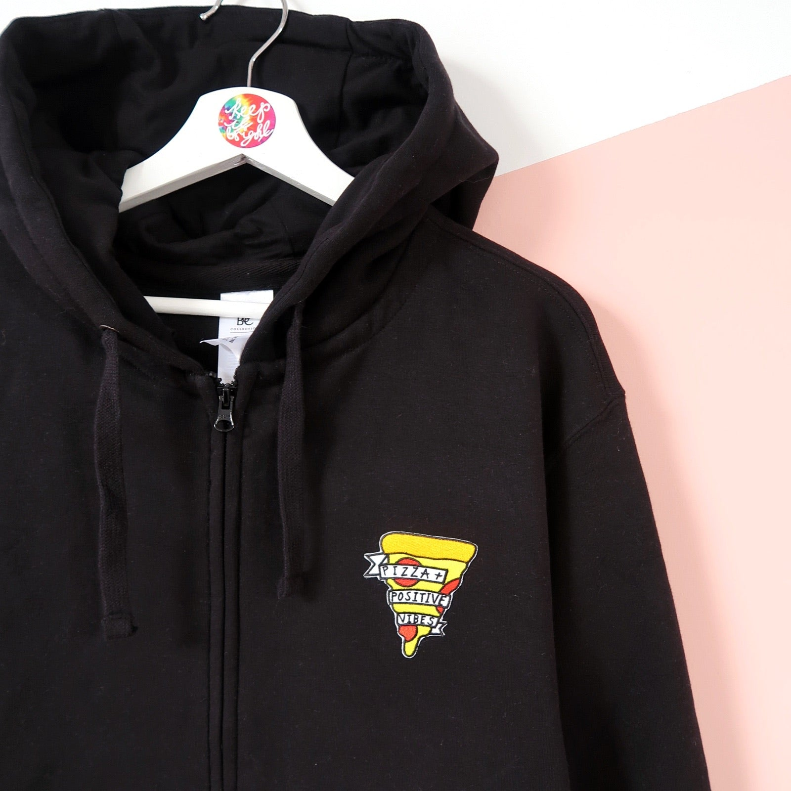 pizza & positive vibes zip-up hoodie - black