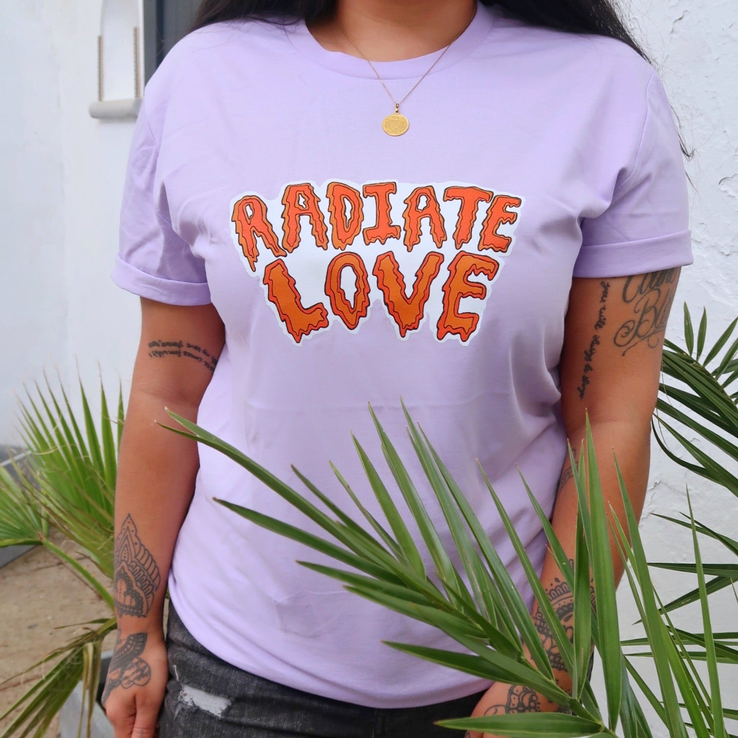 radiate love organic t-shirt - lilac