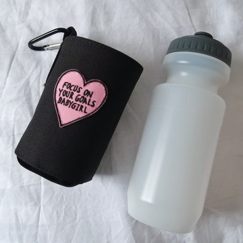 focus on your goals babygirl water bottle & holder - black