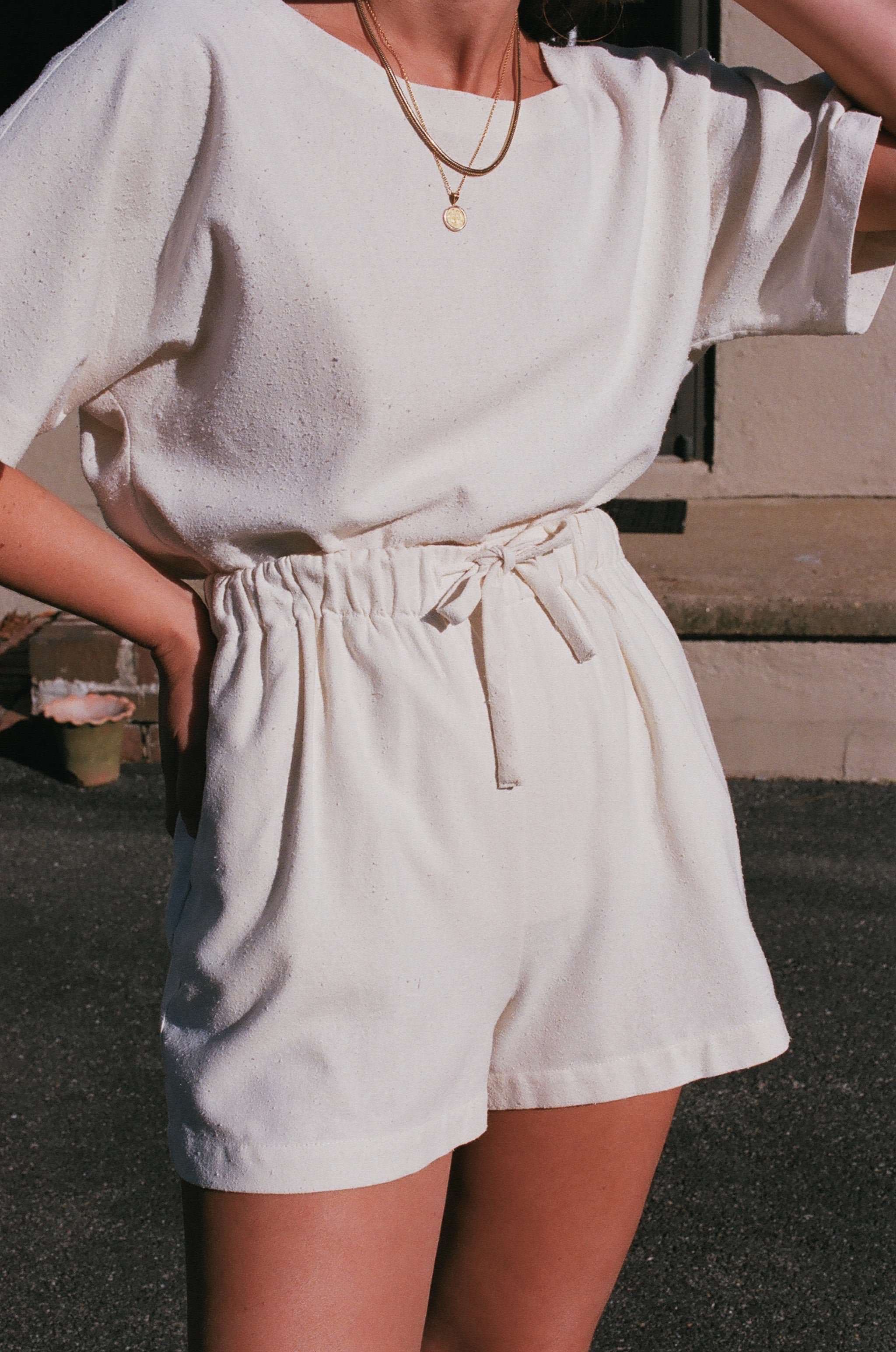 Na Nin Samantha Drawstring Shorts / Cream or Black Raw Silk