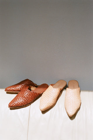 St. Agni Caio Woven Flat / Available in Natural