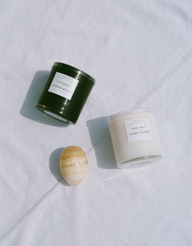 *NEW NA NIN HAND POURED SOY CANDLE / SEA SALT + SAND DUNES