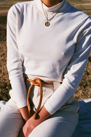 Are Studio Knot Belt / Available in Tan