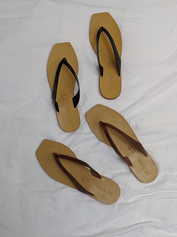 St. Agni Basik Slide / Available in Antique Tan & Black