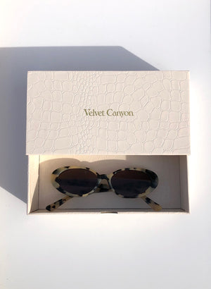 The Poet Sunglasses / Blonde Tort