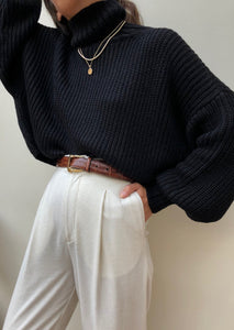 First Rite Crop Turtleneck Sweater / Black