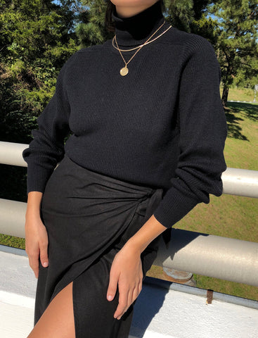 Vintage Onyx Ribbed Turtleneck