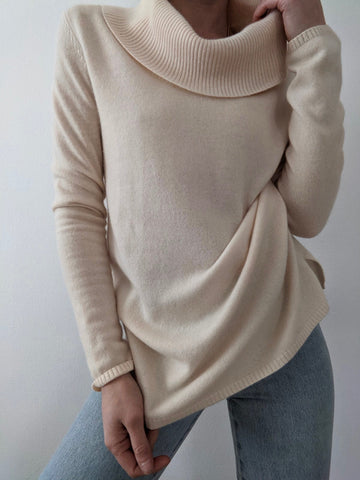Sand Cashmere Turtleneck
