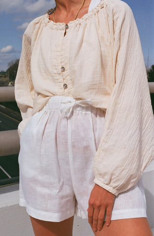 Na Nin Samantha Drawstring Shorts In White Linen