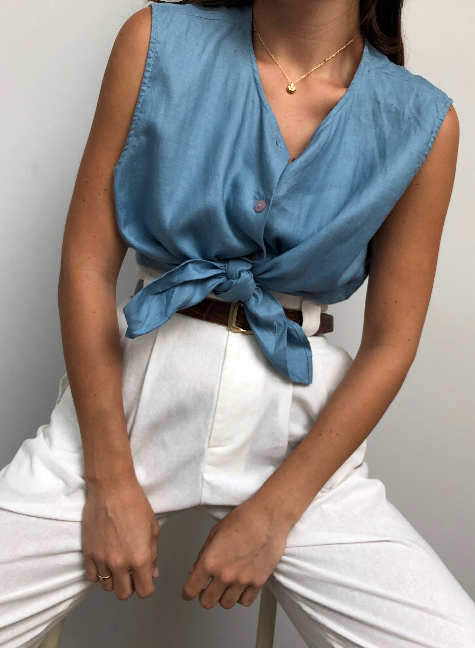 Vintage Sky Blue Sleeveless Linen Blouse