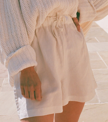 Na Nin Samantha Drawstring Shorts In Cream Silk Linen