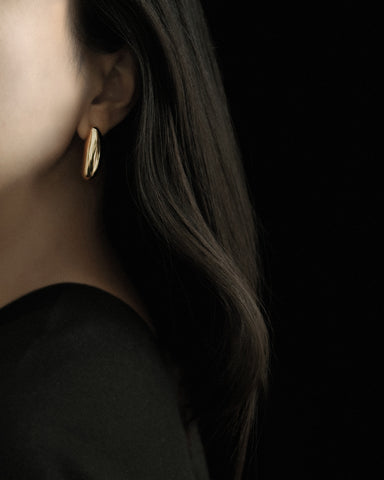 Common Muse Ines Elongated Earrings / Available in Gold & Silver
