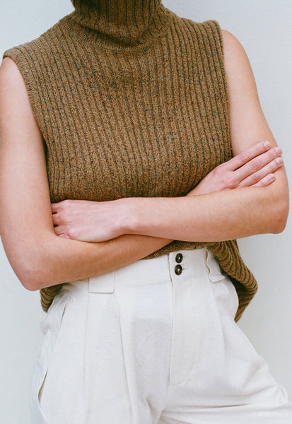 VINTAGE CAMEL SPECKLED TURTLENECK