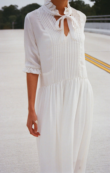 SUZANNE RAE / PIN TUCK TIE DRESS