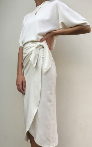 Na Nin Bobbie Raw Silk Wrap Skirt / Available in Cream & Black