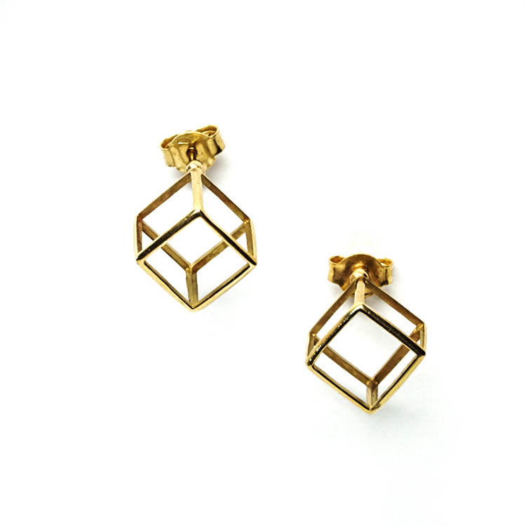 18k yellow gold - Geometric Modern Stud Cube Earrings