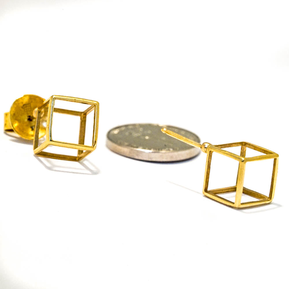 18k yellow gold - Contemporary Geometric Stud Cube Earrings