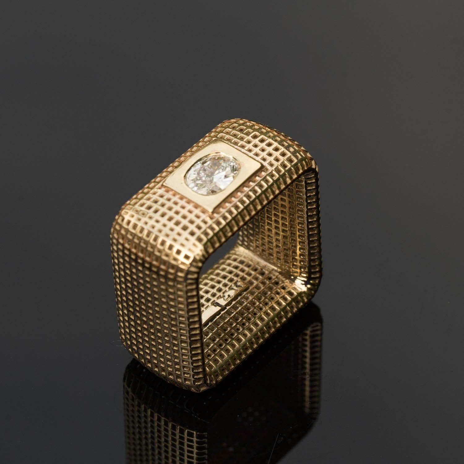 14 Karate yellow Gold Square NET  Ring
