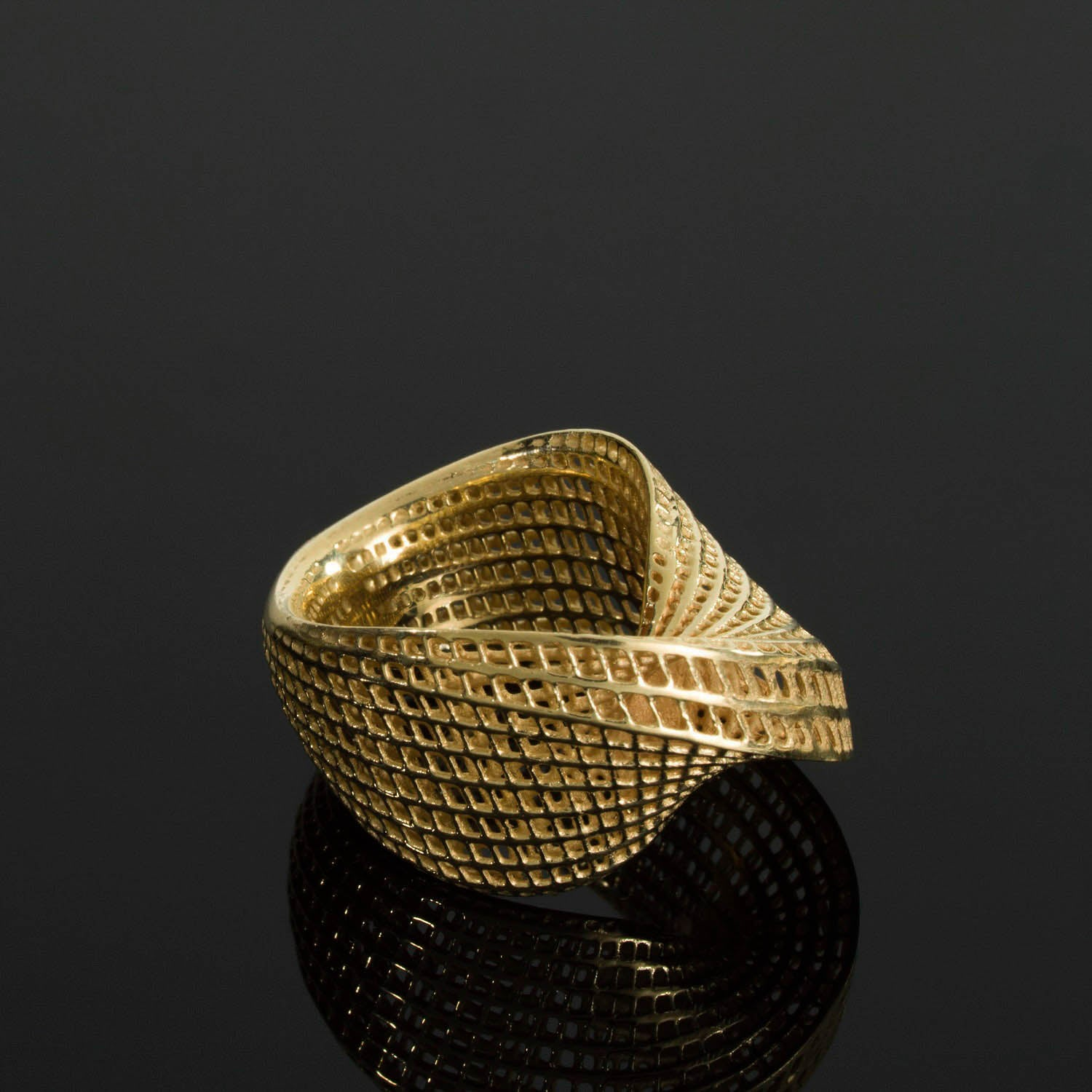14K - Mobius #1 Statement Unique Ring