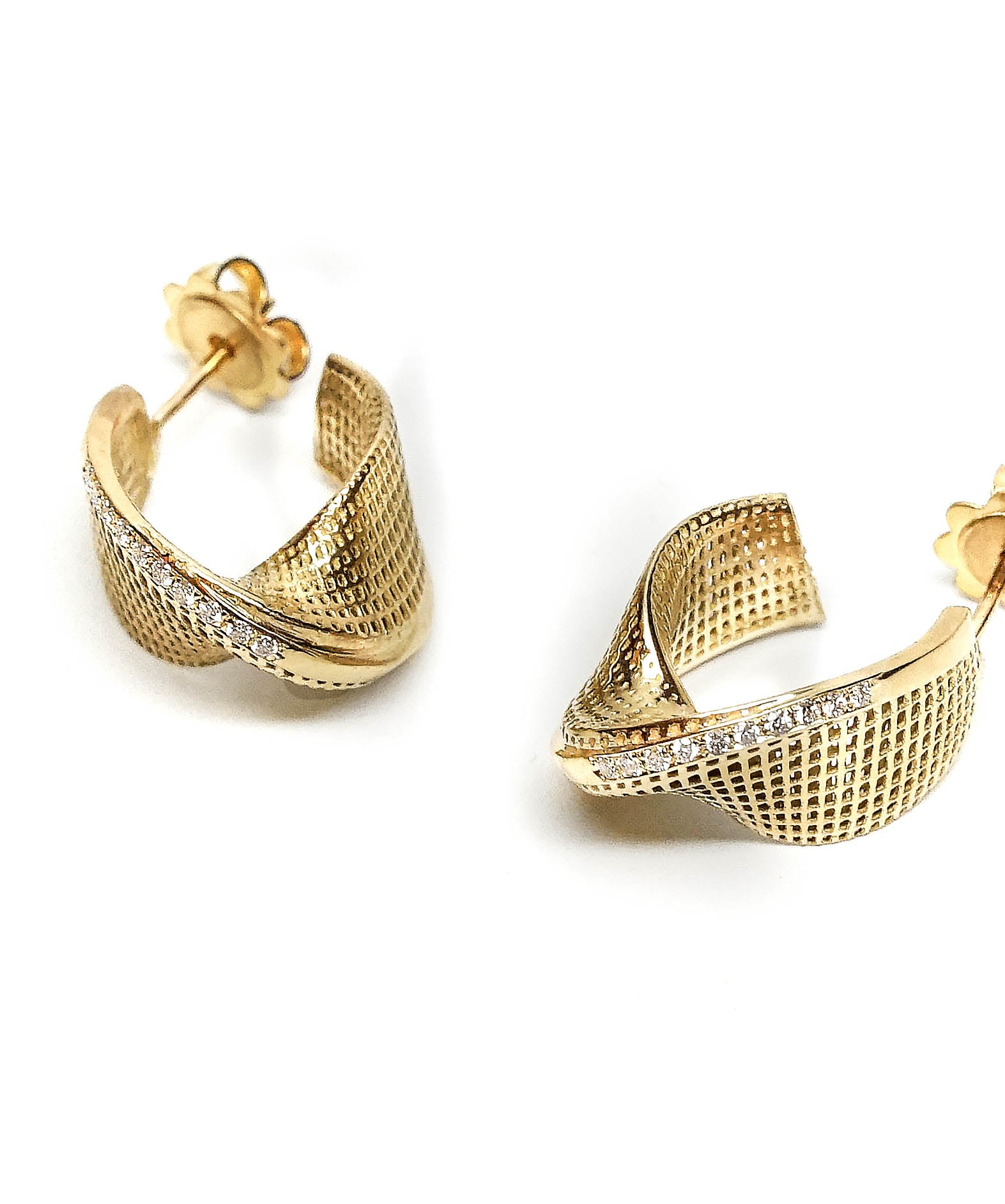 18K yellow gold- Diamonds Small Mobius Modern Earrings -pave diamonds line