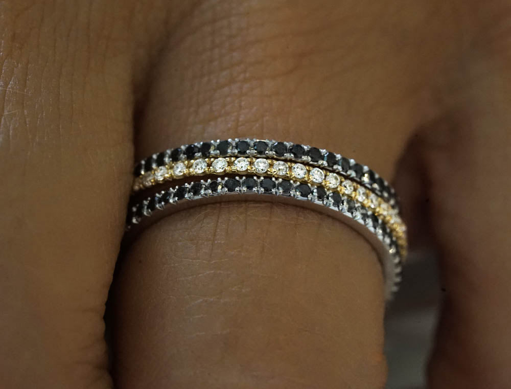 18K - 12 BLACK Diamonds Pave ring