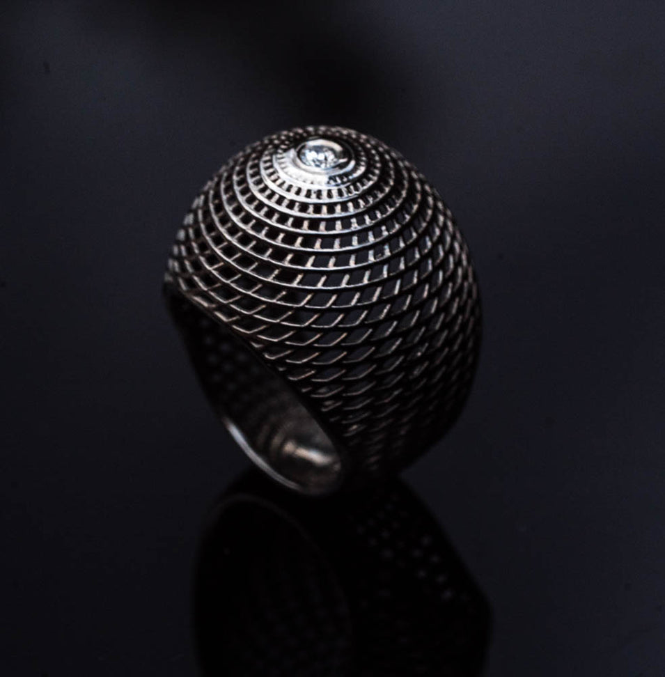 18K - Net Diamond Bombe Ring