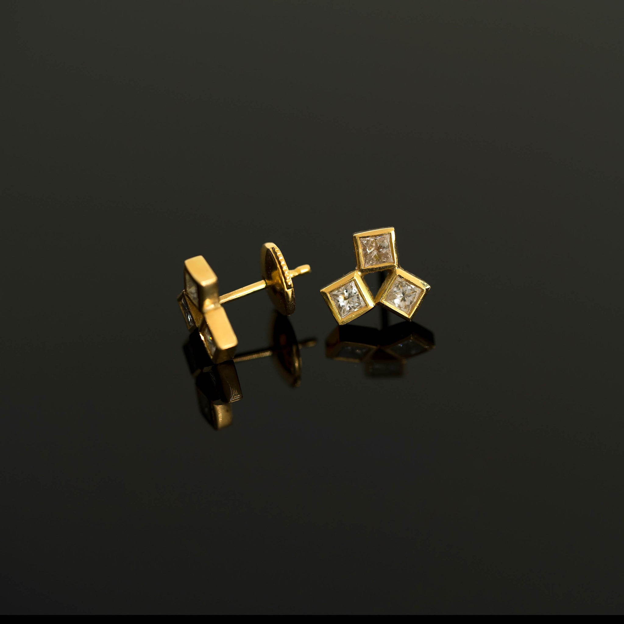 18k Gold VS 3 Princess Diamond Cluster Earrings