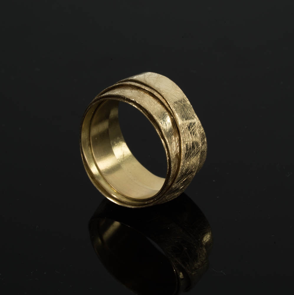 18 Karate Gold Round 5 Loops Ring