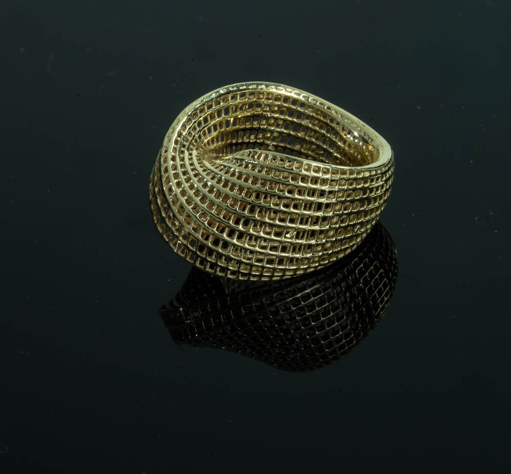 14K - Mobius #1 cocktail Ring