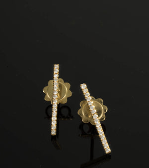 18 Karat Gold Bar Studs Earrings -16 Diamonds