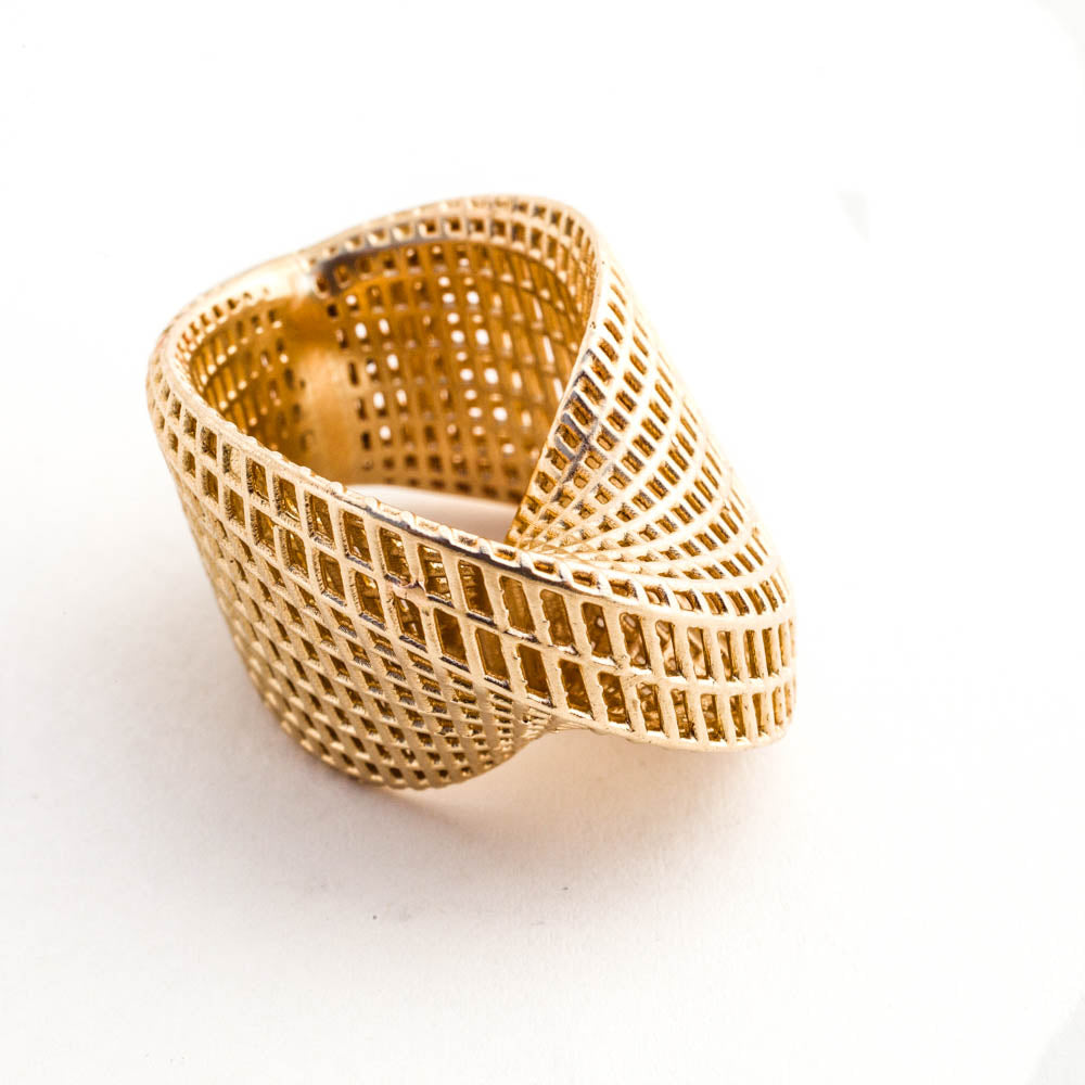 14K - Mobius #1 Statement Ring