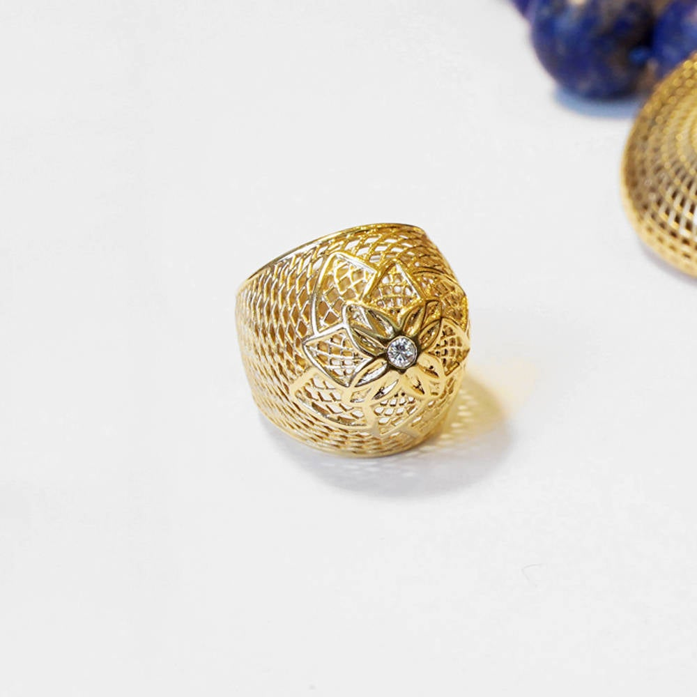 18K - VS Diamond Flower NET Ring