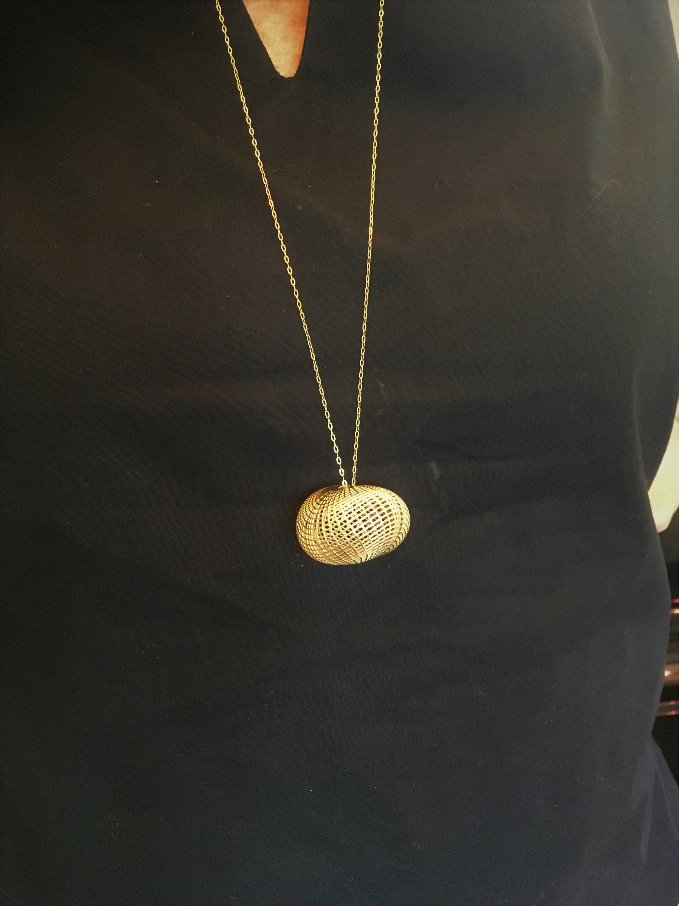14K yellow gold pebble - PENDANT