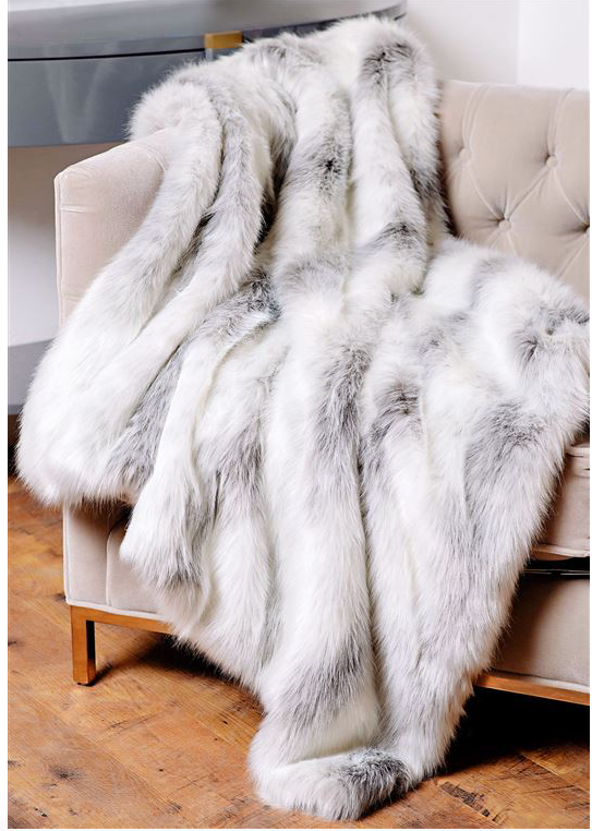 LIMITED EDITION ICELANDIC FOX  FAUX | FUR THROWS