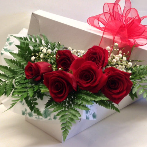 Half Dozen Roses Boxed(choose your own rose color)