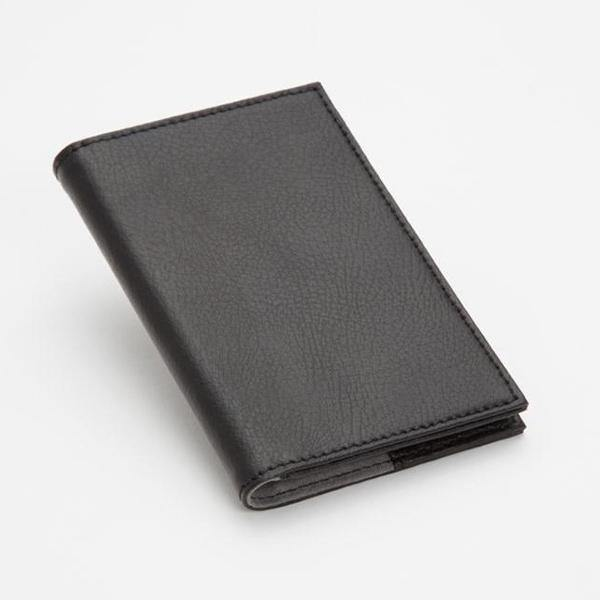 Howard Leather Passport Holder - Thirty Six Knots