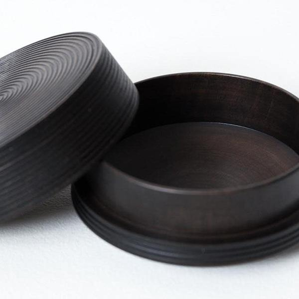 Morihata Karmi Wooden Tea Canister, Za Sumi (Black) - Thirty Six Knots