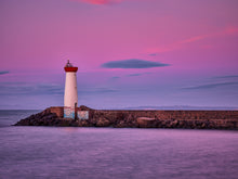 Load image into Gallery viewer, Aube et Phare Rouge - Le Grau d'Agde