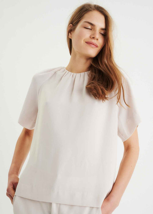 Inwear-Adiai-Womens-High-Neck-Loose-Fit-Short-Sleeve-Top-In-Cream-30106228-Ribbon-Rouge.