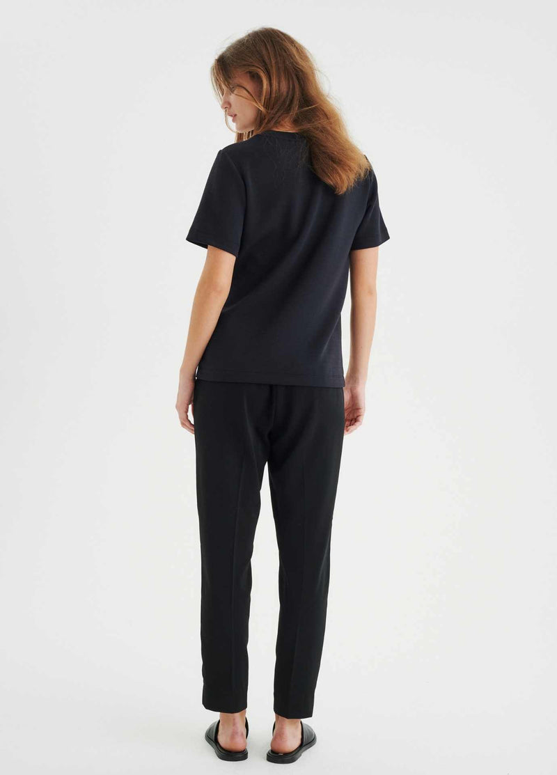 Inwear-Adial-Pull-On-Casual-Womens-Trousers-From-The-Back-Ribbon-Rouge