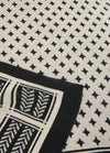 Soyaconcept-50978-Buket-Cream-And-Black-Printed-Scarf-Close-Up-Diamond-Detail