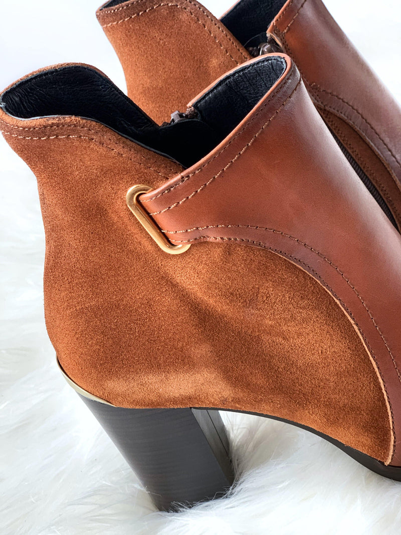 Ribbon Rouge Tan Ankle Boot
