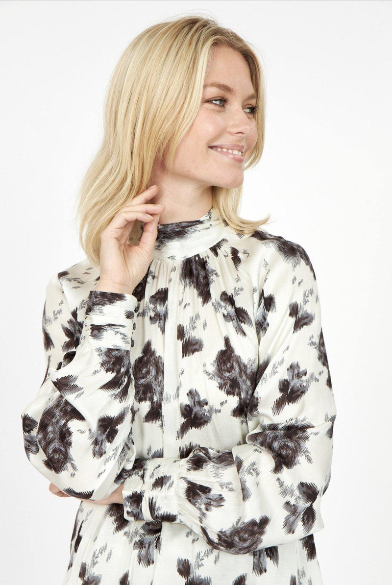 Soyaconcept Linea Black/Cream Winter Floral Print Blouse - Ribbon Rouge Boutiques